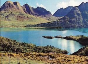 İskoçya'nın kuzeybatı kesiminde Hebrides adalarından ıssız bir görünüm
