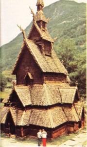 Norveç'te Borgund'da 1150'de yapılmış bir stavkirke