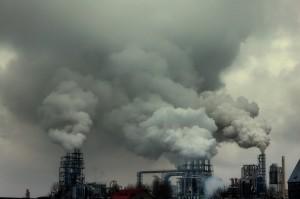 fabrika bacalarının havayı kirletmesi
