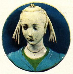 Sırlı pişmiş topraktan bir genç kız başı heykeli (Andrea della Robbia'nın yapıtı; Floransa, Bargeİlo Müzesi).