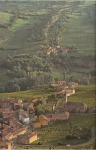 Saöne-et-Loire'da bağlarıyla ünlü Vergısson.