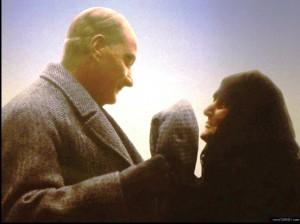 Atatürkün kadınla konuşması