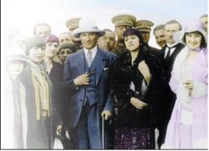 atatürk modern türk kadınları ile