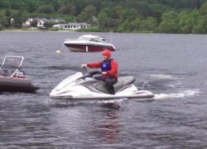 jet ski suyun üstünde nasıl durur