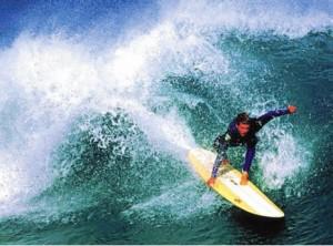 sörf tahtası ve suyun kaldırma kuvveti