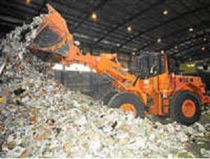 Atıkların ayrıştırılması için ara istasyonda toplanması