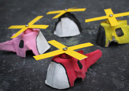 evde-yumurta-kolisinden-helikopter-yapimi-yumurta-kutusundan-oyuncak-helikopter