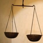 adaletli ve adaletli olmayan toplum